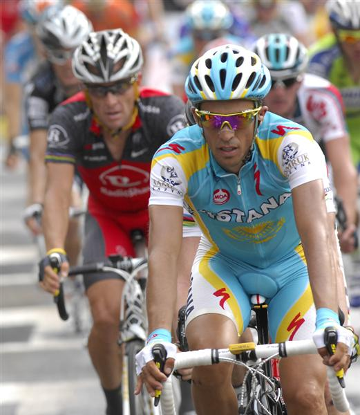 2010 Tour France - Contador Leads Armstrong in Stage 7