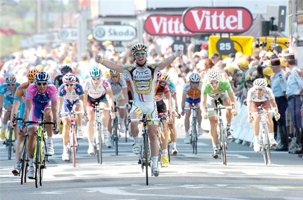 2010 Tour de France - Mark Cavendish Wins Stage 11