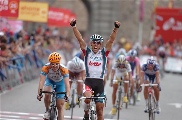 2010 Vuelta a Espana - Gilbert Wins Stage 19